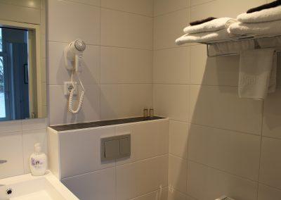 badkamer driepersoonskamer